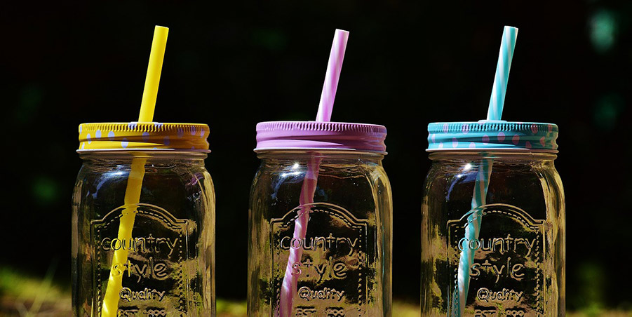 The Ultimate Guide to Reusable Drinking Straws